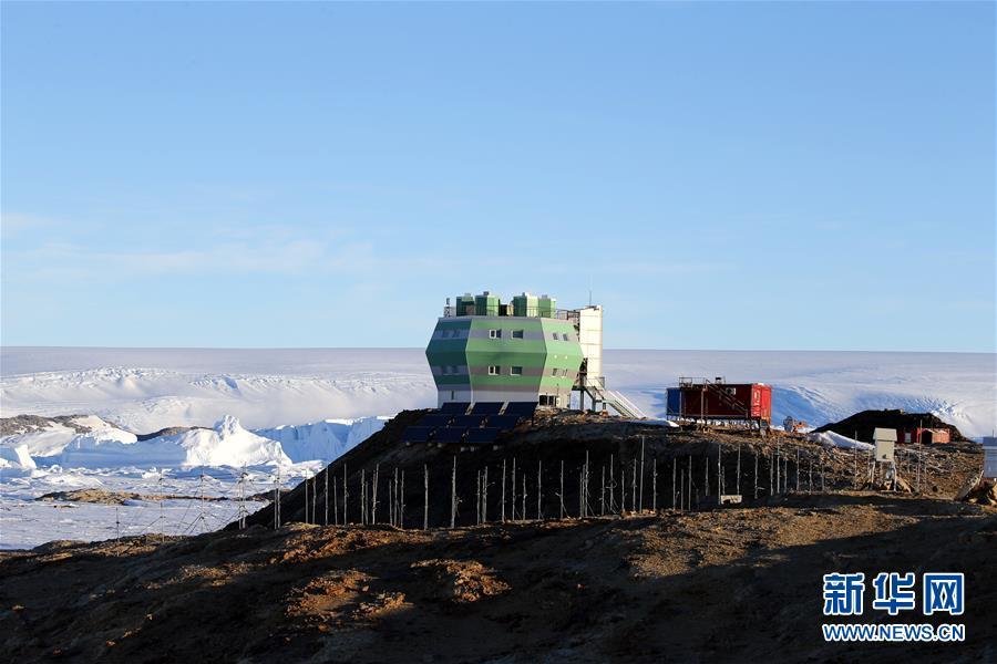(第34次南極科考·圖文互動)(1)通訊:中山站正是雪化時