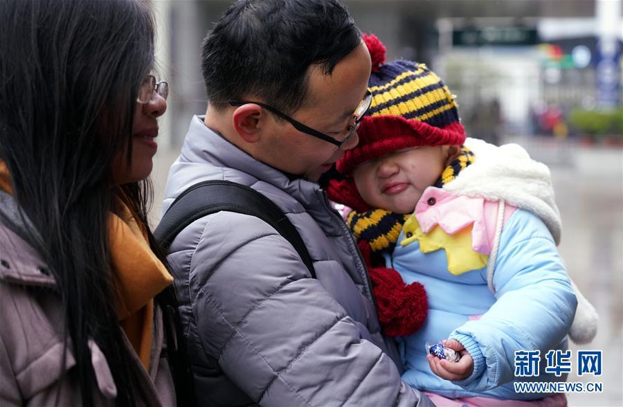 (社會)(2)廣州:多舉措應對鐵路客流增長