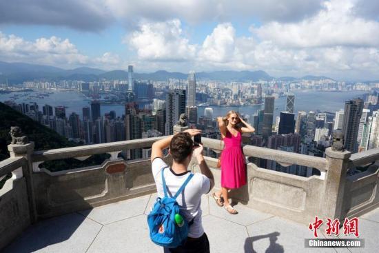 """香港旅游业面临最艰难时期 从业员哀叹堪比""""十级地震""""(组图)"""