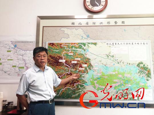 部隊中國夢黑板報設計圖