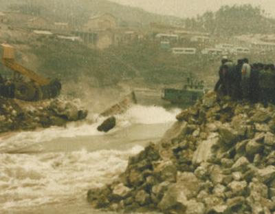 长江干流第一座大型水电工程:葛洲坝截断急流